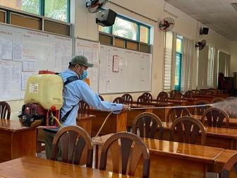 Nhiều tỉnh, thành cho học sinh THPT đi học lại
