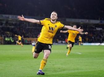 Nhận lá thăm may mắn, Man United thành ứng viên vô địch