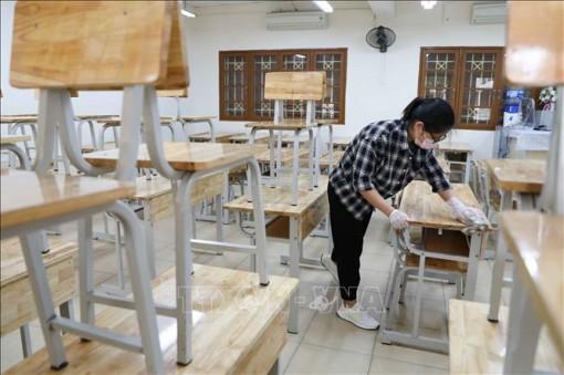 Dịch COVID-19: Nhiều tỉnh, thành phố cho học sinh nghỉ học đến ngày 15-3