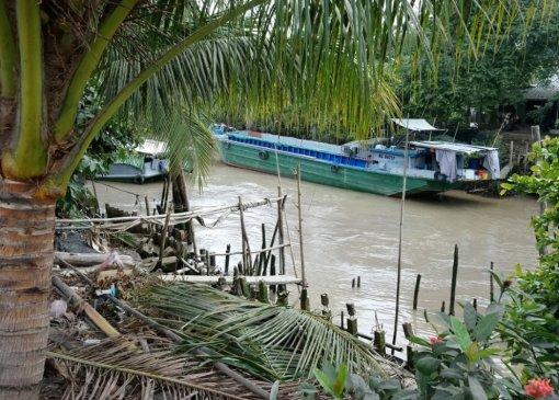 Cần giải quyết tình trạng cơ sở sấy lúa gây ô nhiễm