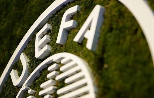 UEFA chính thức hoãn Champions League và Europa League