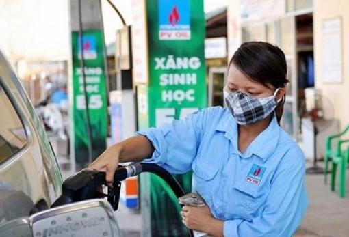 Giá xăng đã có thể giảm sâu xuống dưới 16 nghìn đồng/lít