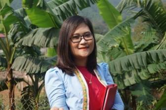 Bộ trưởng GD&ĐT chúc mừng cô giáo Mường trong top 50 giáo viên toàn cầu