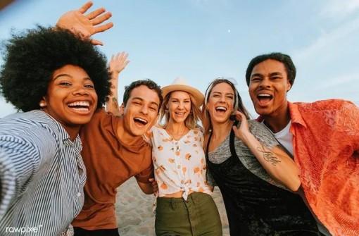 Báo Anh gợi ý 11 điều nhất định phải làm trong Ngày Quốc tế Hạnh phúc 20-3