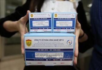 Bộ GD&ĐT sẽ khen thưởng các nhóm nghiên cứu sản phẩm phòng chống dịch COVID-19