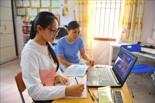 Hướng dẫn chi tiết việc dạy học, kiểm tra, đánh giá qua internet và trên truyền hình