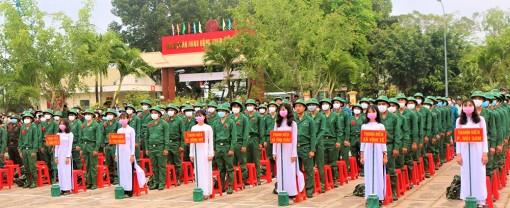 Châu Đốc xây dựng nền quốc phòng vững mạnh