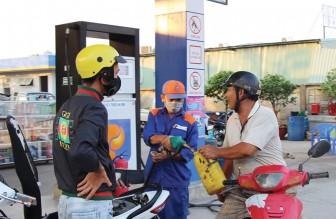 Đủ nguồn cung xăng, dầu, phục vụ nhu cầu thiết yếu cho người dân