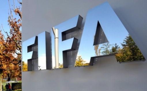 """FIFA chi 2,7 tỷ USD để """"giải cứu"""" bóng đá thế giới khỏi đại dịch Covid-19"""