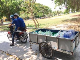 Phụ nữ, Đoàn thanh niên Chợ Mới thành lập tổ hậu cần phục vụ thức ăn ở khu cách ly