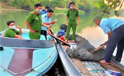 Bắt giữ 1.500 cây thuốc lá lậu từ Campuchia về Việt Nam