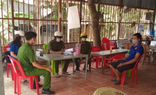 Công an Phú Tân: Ra quân triển khai thực hiện Chỉ thị 16/CT-TTg