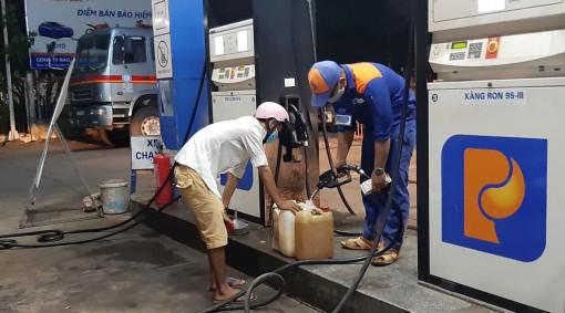 Châu Phú tăng cường kiểm tra và đảm bảo nguồn cung ứng xăng, dầu