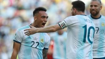 MU trả Jadon Sancho 400.000 bảng/tuần, Martinez chờ Barca