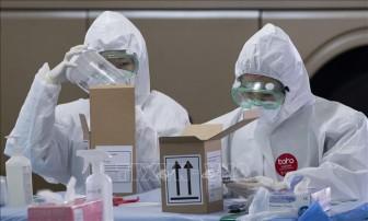 Dịch COVID-19: Nhiều giải pháp ngăn chặn lây nhiễm cho các y, bác sĩ tại Hàn Quốc