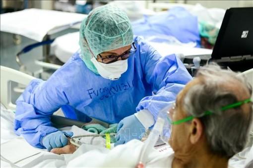 Italy ghi nhận số ca tử vong do virus SARS-CoV-2 thấp nhất trong 2 tuần