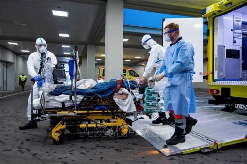 Số ca mắc COVID-19 ở Đức vượt quá 100.000 người, đỉnh dịch vẫn ở phía trước
