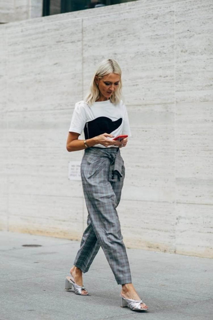4 kiểu quần cho quý cô công sở vừa đẹp vừa che khuyết điểm hiệu quả