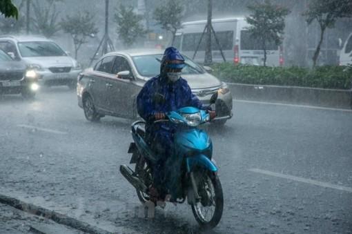 Trung Bộ, Tây Nguyên và Nam Bộ có mưa dông kèm thời tiết nguy hiểm