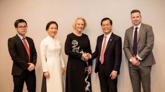 Hoa Kỳ, Việt Nam thúc đẩy chuyển giao đồ bảo hộ cá nhân phòng chống dịch