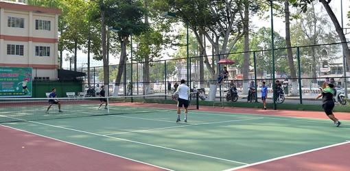 Phát triển phong trào quần vợt