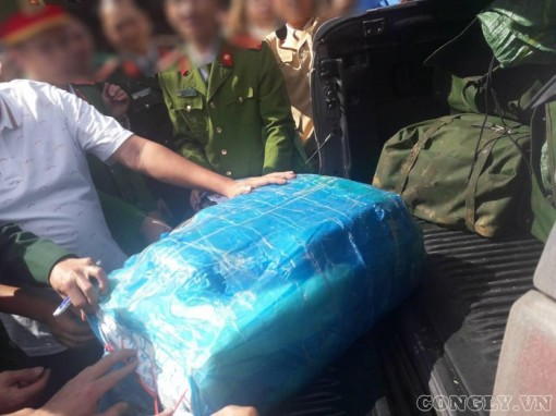Truy nã đối tượng vận chuyển 250kg ma túy