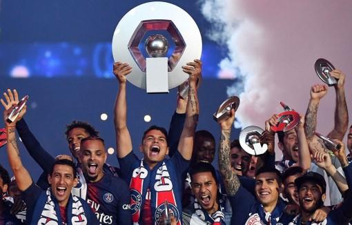 Paris Saint Germain chính thức được trao chức vô địch Ligue 1