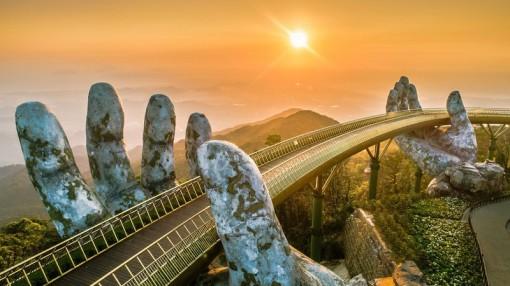 Cầu Vàng tiếp tục lọt danh sách những cây cầu ngoạn mục trên thế giới