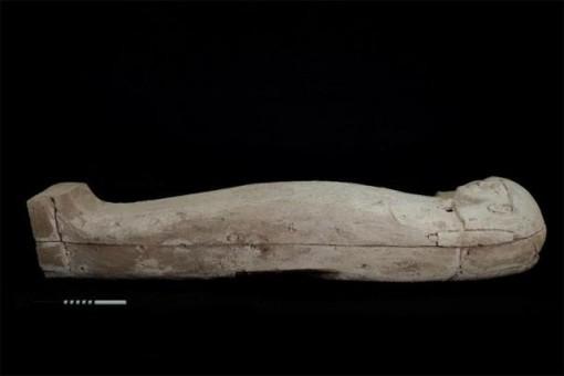 Tìm thấy xác ướp thiếu nữ trong quan tài chứa đầy báu vật cổ đại