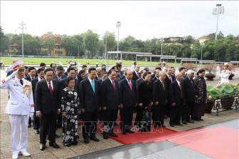 Lãnh đạo Đảng, Nhà nước vào Lăng viếng Chủ tịch Hồ Chí Minh vĩ đại