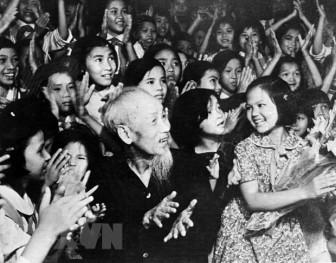 10 ca khúc hay nhất về Chủ tịch Hồ Chí Minh làm lay động người nghe