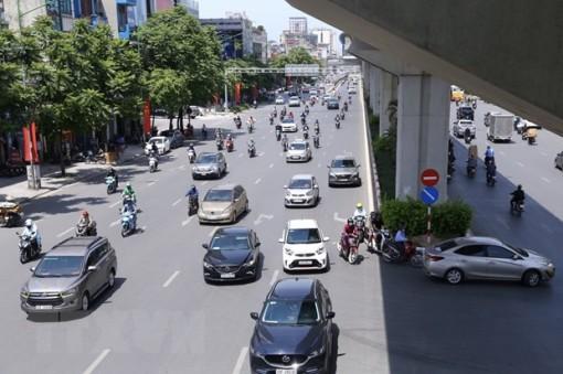 Hà Nội tiếp tục nắng nóng gay gắt, nhiệt độ phổ biến tới 37 độ C