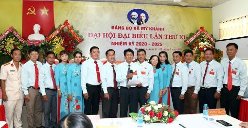 Đồng chí Liêu Quốc Bình tiếp tục được bầu Bí thư Đảng ủy xã Mỹ Khánh khóa XI (nhiệm kỳ 2020-2025)