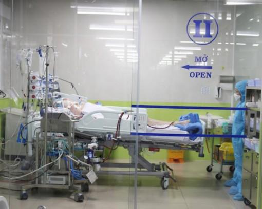 Bệnh viện Chợ Rẫy huy động toàn lực cứu chữa bệnh nhân 91 phi công Anh