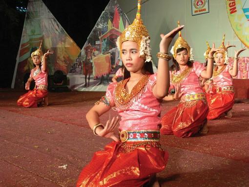 Bảo tồn, phát huy giá trị di sản văn hóa