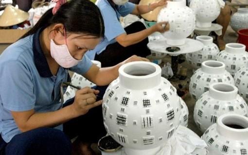 Bộ Tài chính đề xuất giảm 30% thuế thu nhập cho doanh nghiệp nhỏ, siêu nhỏ