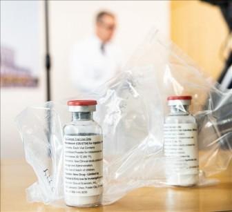 Anh sử dụng thuốc kháng virus Remdesivir trong phác đồ điều trị bệnh nhân COVID-19