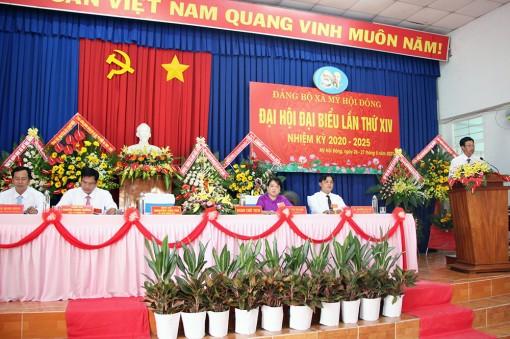 Đồng chí Nguyễn Văn Thì tái đắc cử Bí thư Đảng ủy xã Mỹ Hội Đông
