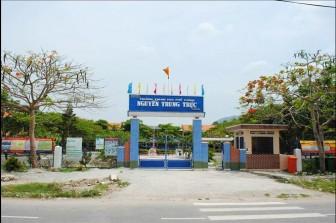 Xác minh làm rõ vụ nữ sinh Trường THPT Nguyễn Trung Trực đánh nhau