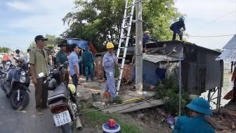 Châu Phú di dời các hộ dân trong vùng cảnh báo sạt lở đến nơi an toàn