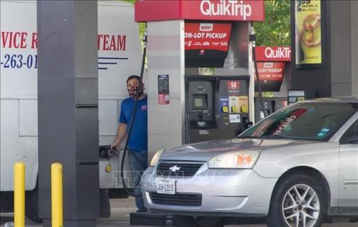Giá dầu thế giới giảm trong phiên giao dịch 27-5