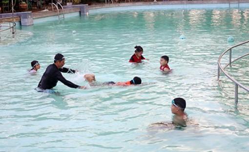 Hậu Giang: Phong trào bơi lội cần được quan tâm nhiều hơn