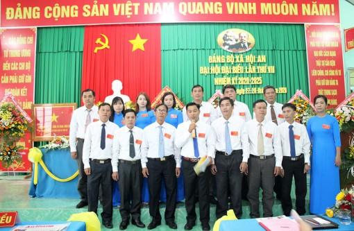 Đồng chí Bùi Minh Trí tái đắc cử Bí thư Đảng ủy xã Hội An