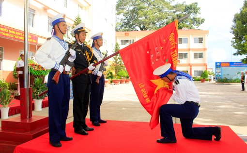 Lữ đoàn 962: Tổ chức lễ tuyên thệ chiến sĩ mới năm 2020