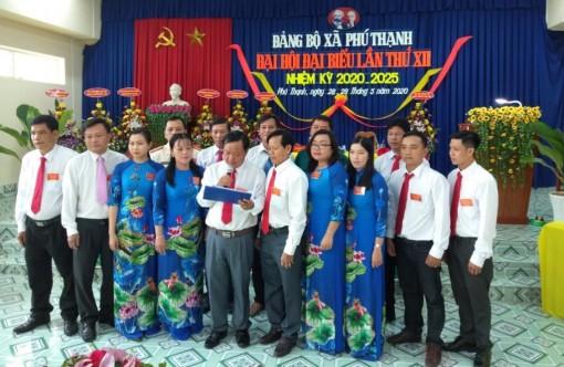 Đồng chí Dương Hoài Phong tái đắc cử Bí thư Đảng ủy xã Phú Thạnh (nhiệm kỳ 2020-2025)