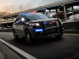 Ford phát triển phần mềm diệt virus corona trên xe cảnh sát