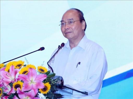 Thủ tướng Nguyễn Xuân Phúc làm việc với các tỉnh, thành phố vùng kinh tế trọng điểm phía Nam