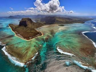Điều gì sẽ xảy ra nếu biển trở nên trong suốt?