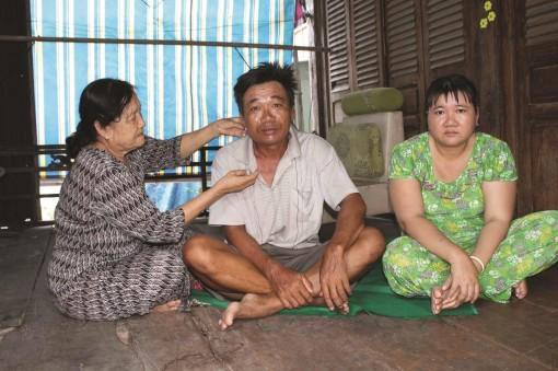 25 năm tảo tần nuôi 4 người con bị bệnh tâm thần