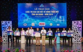 Trao giải Cuộc thi báo chí viết về nông thôn mới tỉnh An Giang năm 2019